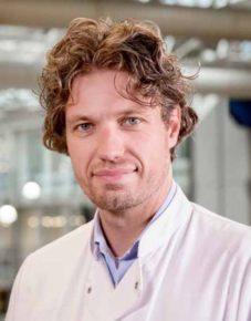 Dr. J.S. Vermaat